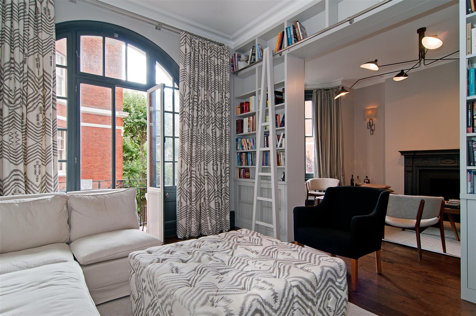 3 Bedrooms Flat for sale in Fitzjames Avenue, West Kensington, London, W14